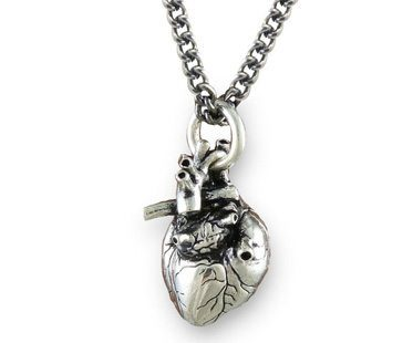 ANATOMICAL-3D-HEART-NECKLACE