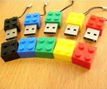 LEGO-BRICK-USB-DRIVE