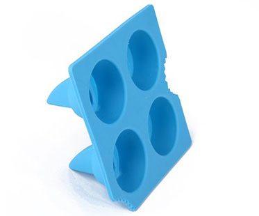 SHARK-FIN-ICE-CUBES