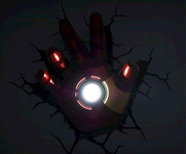 SUPERHERO-NIGHT-LIGHT