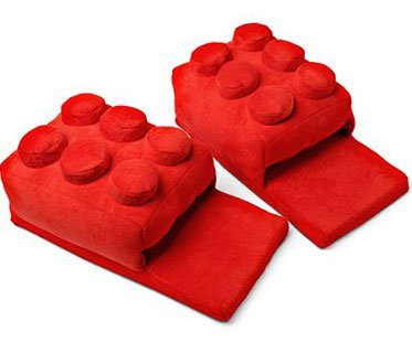 LEGO-BRICK-SLIPPERS