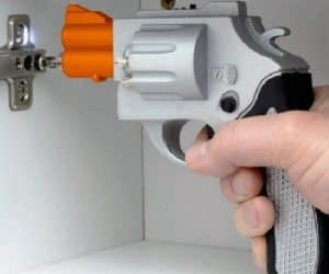 gun shaped screwdriver