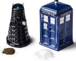 Dr Who salt & pepper set