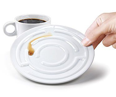 MAZE-CUP-AND-SAUCERS
