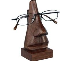 nose shaped glasses holder