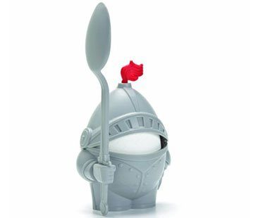 KNIGHT-EGG-HOLDER-AND-SPOON