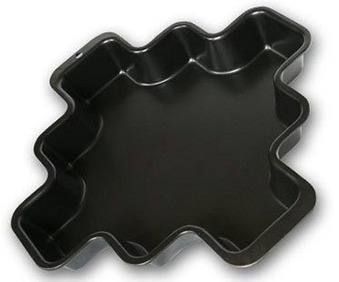 MORE-CORNERS-BROWNIE-PAN