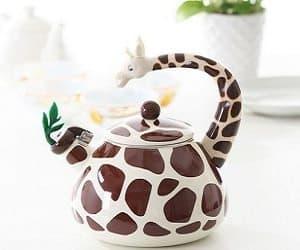 giraffe kettle