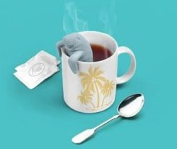 manatee shaped tea infuser