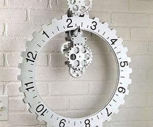 revolving wheel wall clock