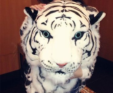 WHITE-TIGER-BACKPACK