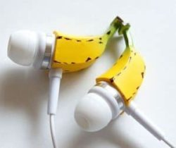 banana earphones