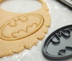 batman logo cookie cutter