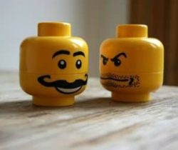 lego heads salt and pepper