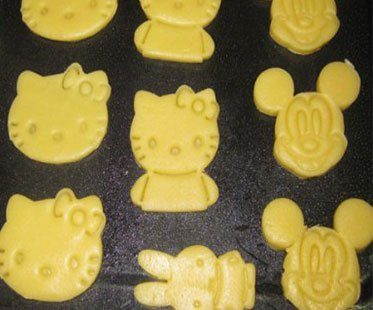 POOH-AND-TIGGER-CUTTERS