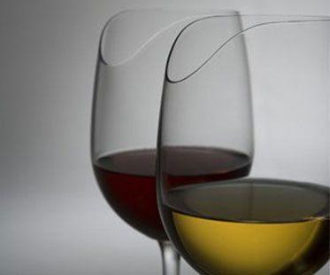 SENSE-ENHANCING-WINE-GLASS