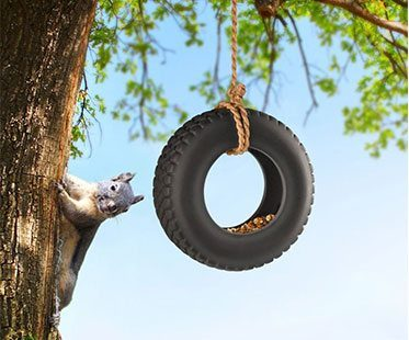 TIRE-SWING-BIRD-FEEDERS