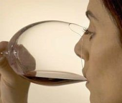 sense enhancing wine glass