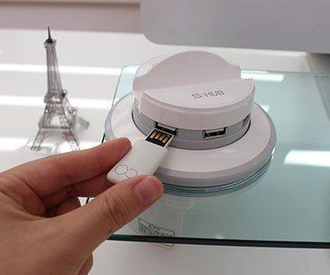 USB-HUB-AND-DESK-ORGANIZER