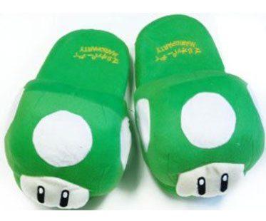 SUPER-MARIO-GREEN-MUSHROOM-SLIPPERS