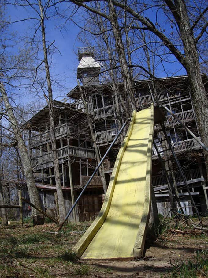 biggest treehouse slide