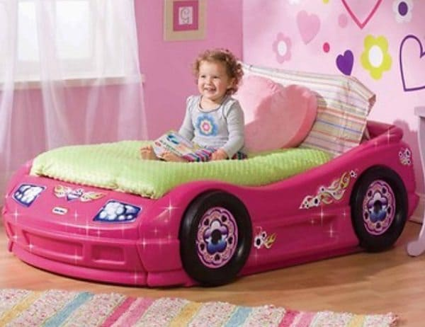 The perfect bed for your little girl racer!