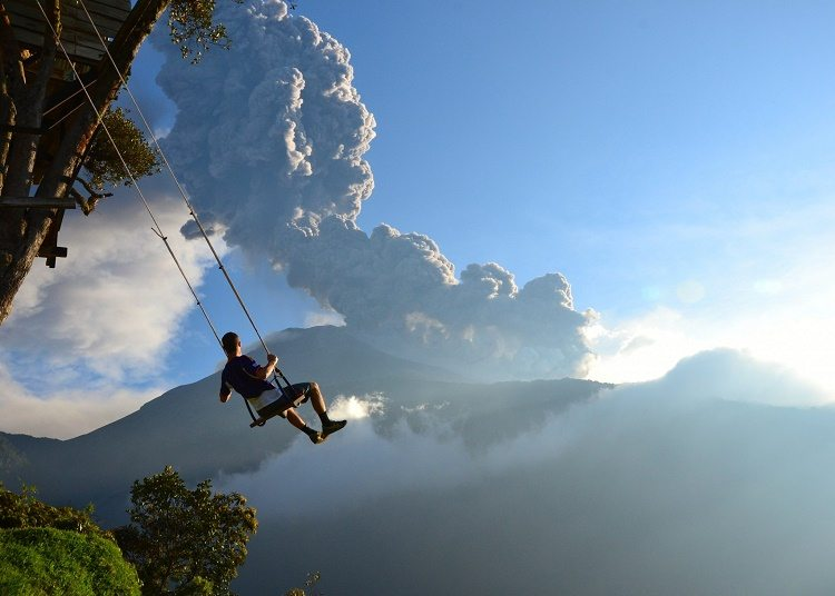 swing eruption view
