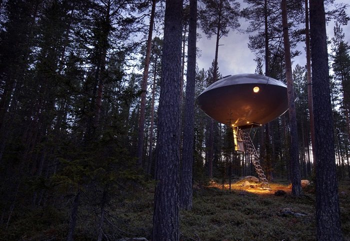 ufo treehouse sweden
