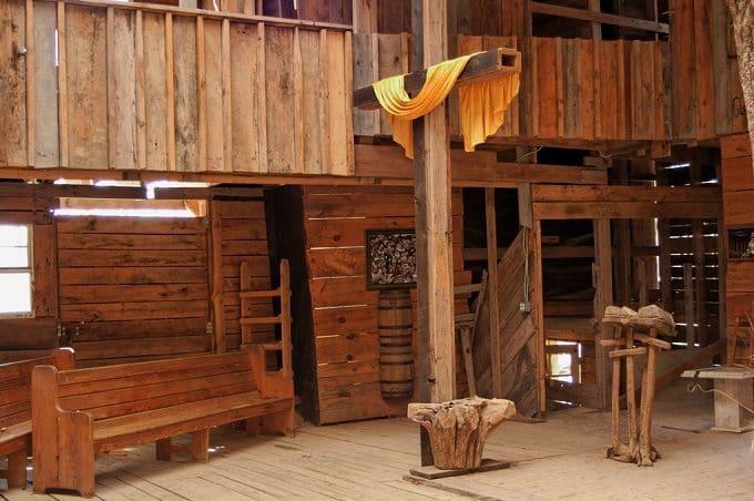 worlds biggest treehouse inside