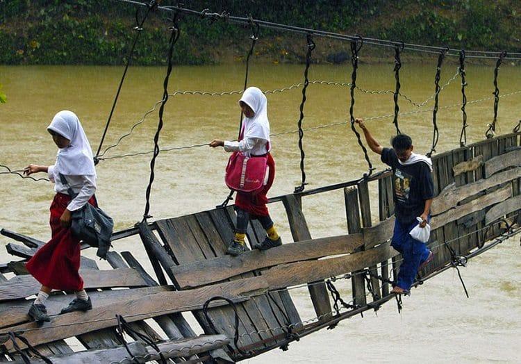 Lebak, Indonesia bridge