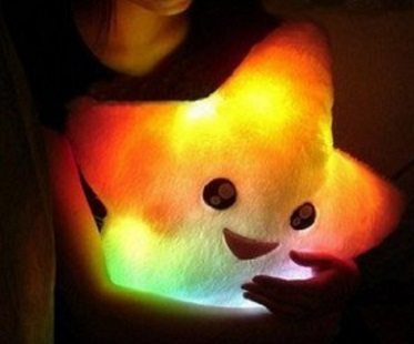Smiling Star LED Pillow hug