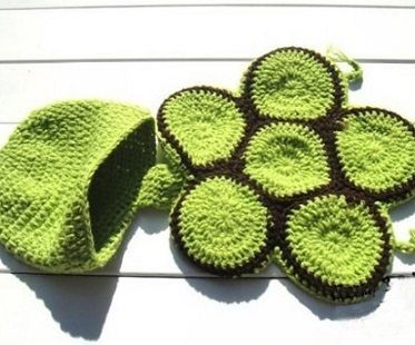 baby crochet turtle outfit green