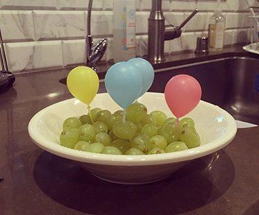 balloon party picks grapes