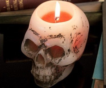 bleeding skull candle