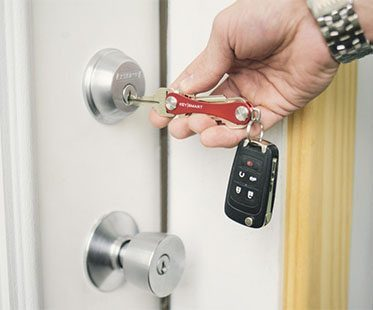 compact key hold