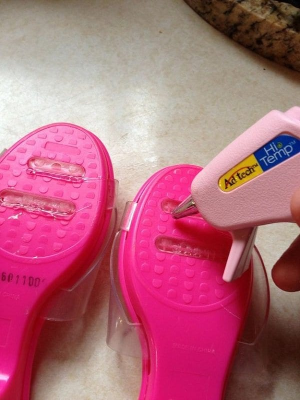 glue gun on shoes