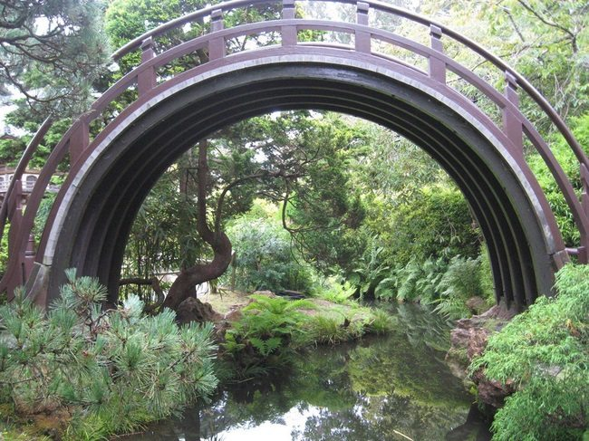 moon bridge san fran