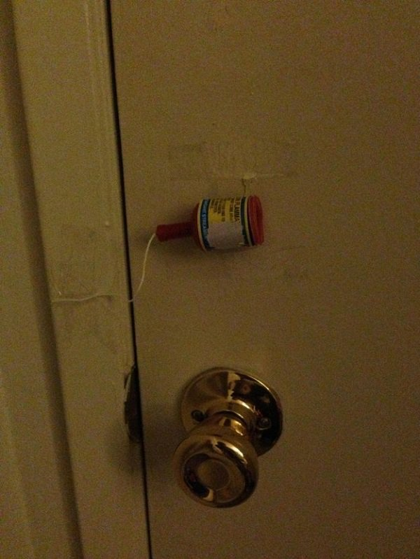 party popper door trap