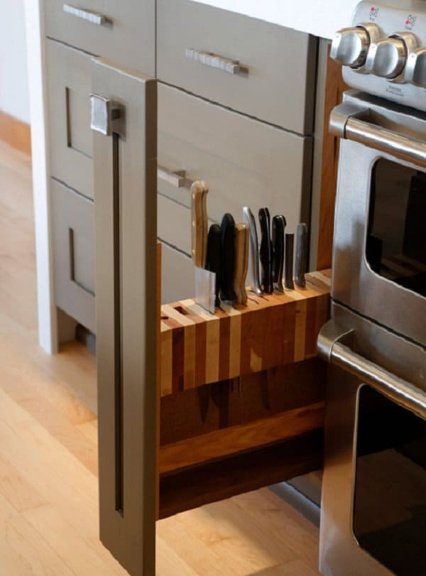 slide-out knife blocK