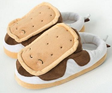 smores heated slippers side