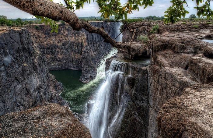 victoria falls and gorge