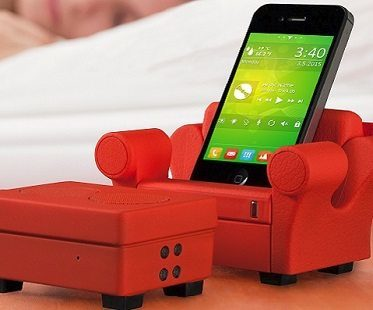 Speaker and Charger Phone Chair red