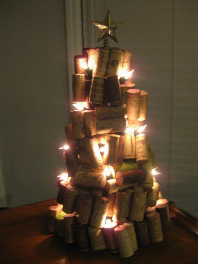 awesome-cork-christmas-tree