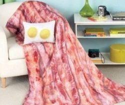 bacon and eggs throw set