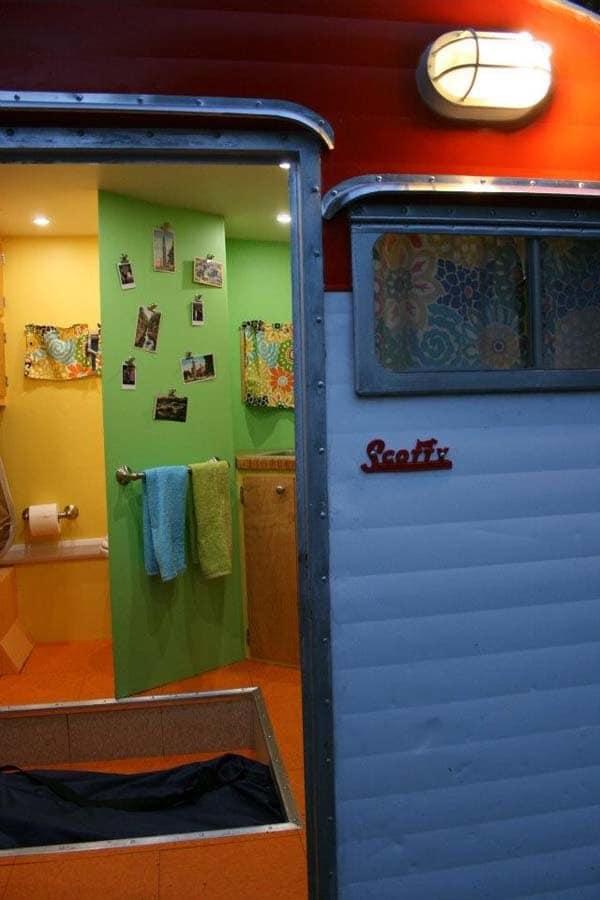 camper 32