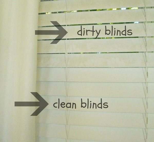 clean blinds with vinegar