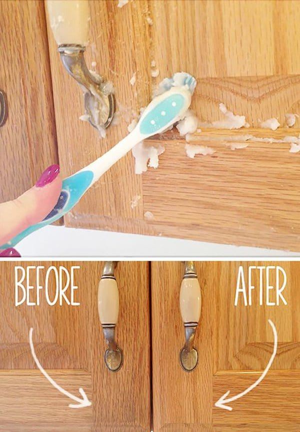 cleaning with baking soda 4