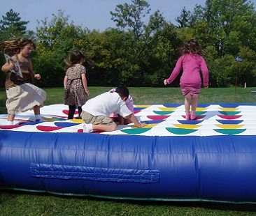 giant inflatable twister kids