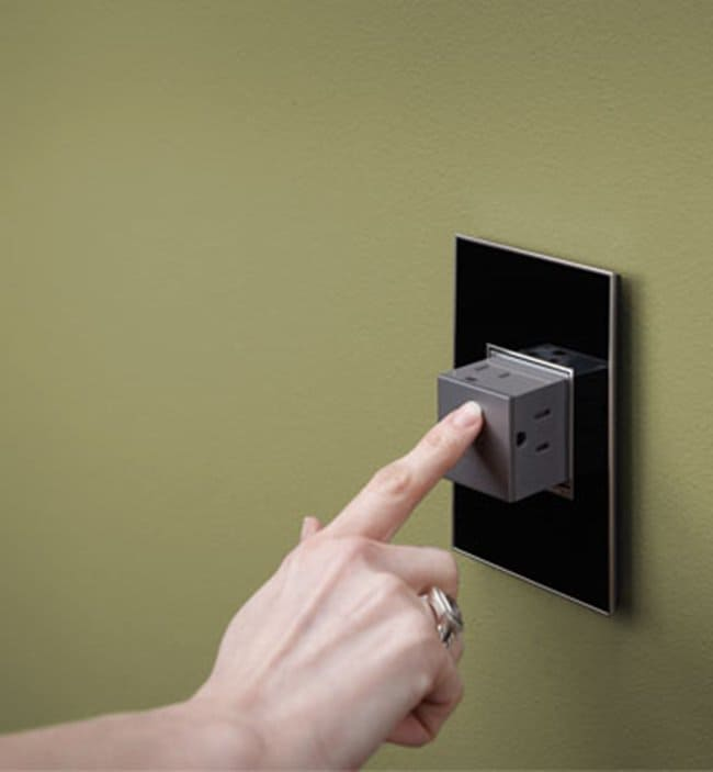 pop-out-outlet