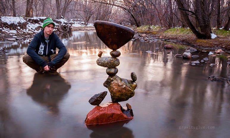 stone balancing art 1